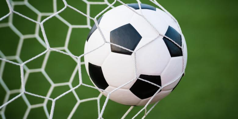 Football: Programme des plus importants matchs pour ce samedi et la retransmission télévisée