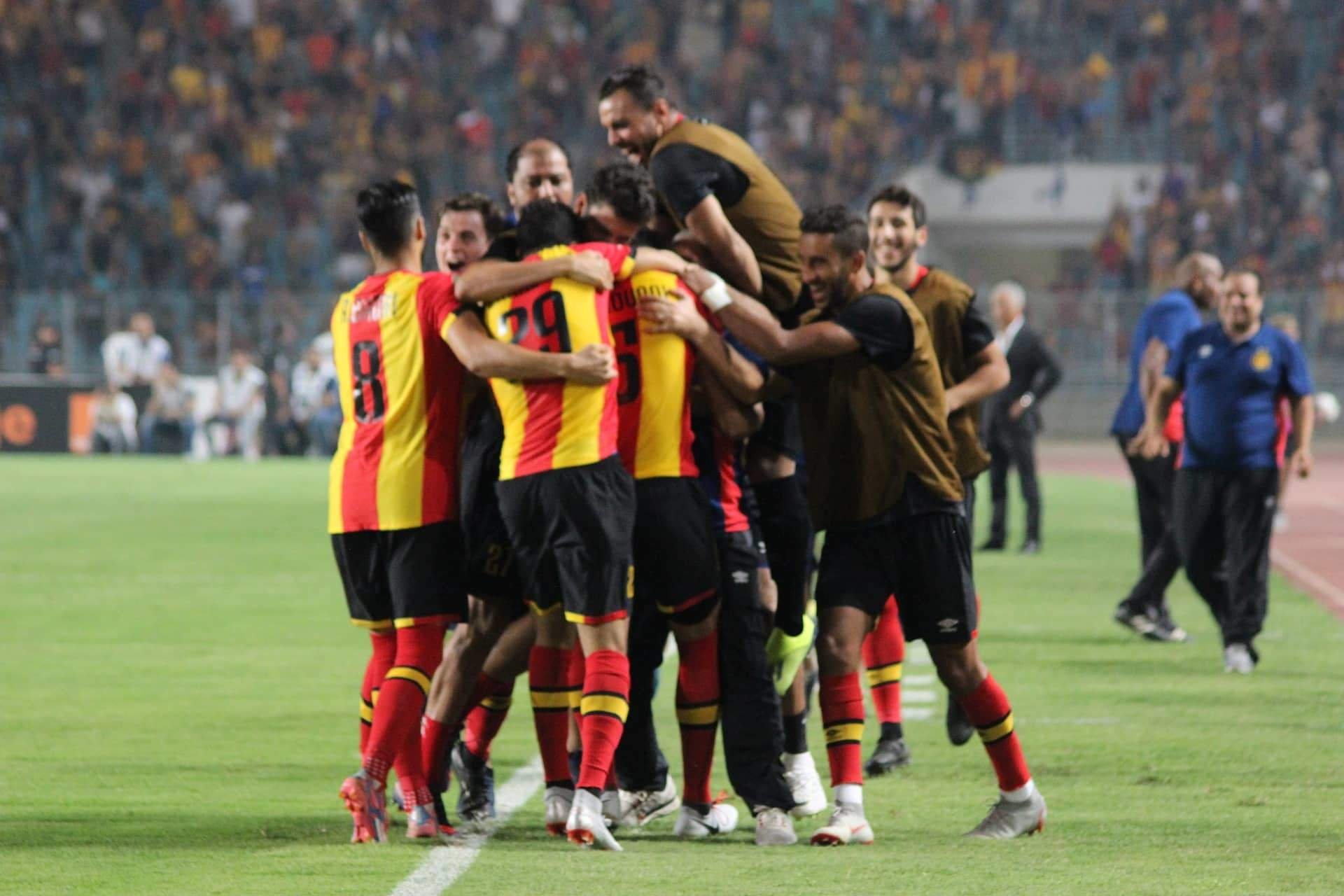 Belaili et l'Espérance qualifiés pour la finale — CAF CL