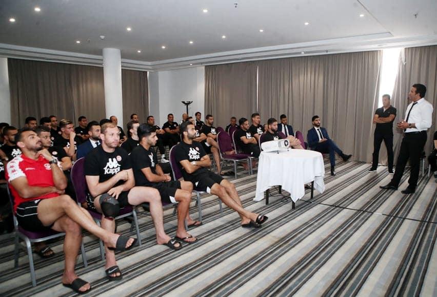 Equipe nationale : Cours théorique pour les joueurs concernant les nouvelles règles de la FIFA