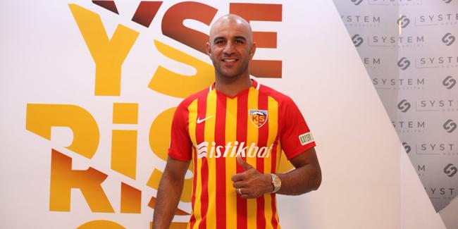 Officiel : AymenAbdennourdébarque au Championnat turc
