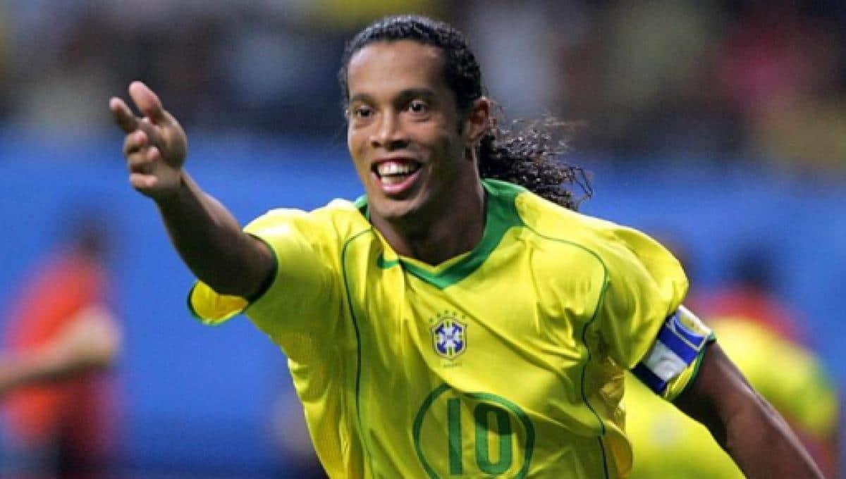 Ronaldinho : le joyeux anniversaire émouvant d'Eto'o