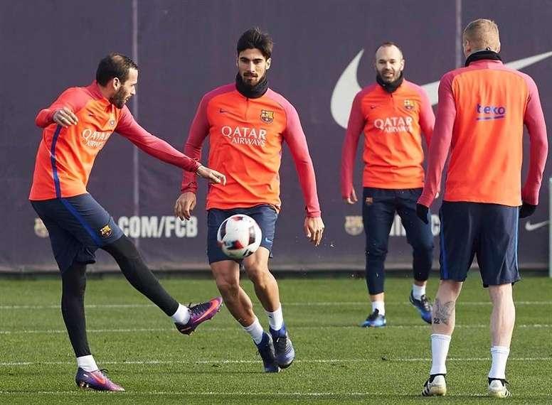 FC Barcelone – Les joueurs reprennent les entraînements