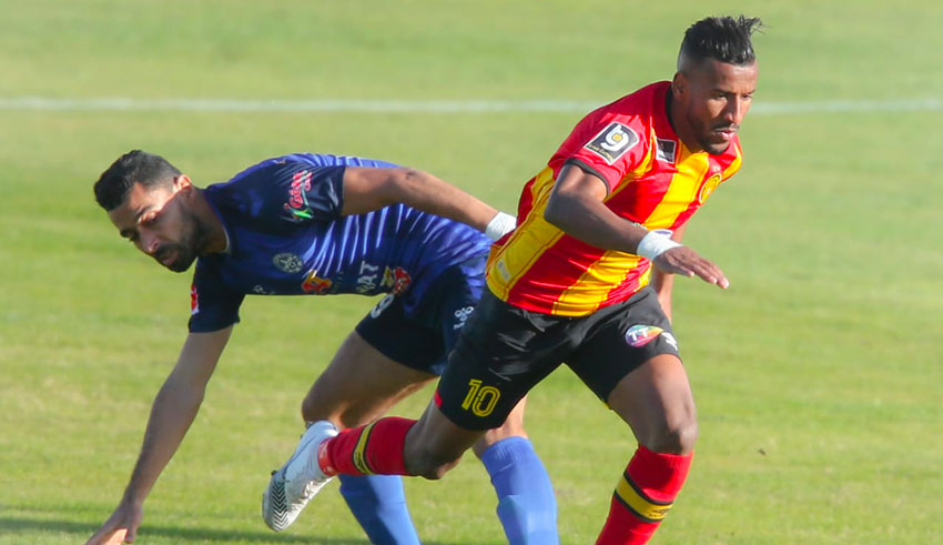 Espérance de Tunis : Hamdou Elhouni titulaire face au CR Belouizdad